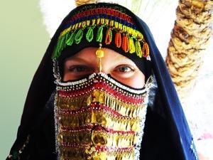 bedouin-woman-174415_640