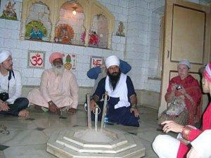 yogi_bhajan_borg