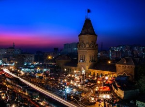 Empress_Market_at_Sunset-640x475 Empress Market, Saddar.
