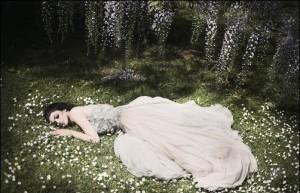sad-girl-broken-heart-0839_lovepicturex-blogspot-com