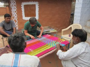 weaving-a-charpai-with