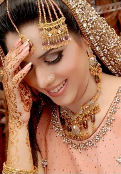 Indian-Bridal-Makeup-Fashion.blogspot.com (8)
